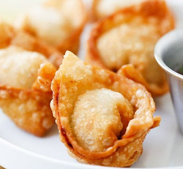 Fried Wontons (6) from Le's Restaurant in Ames, IA