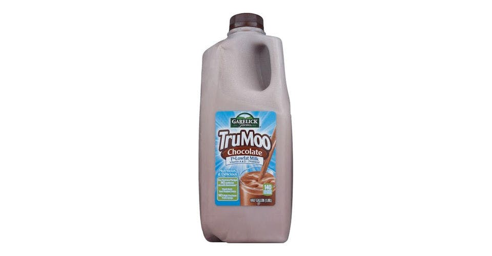 Garelick Farms Trumoo 1% Lowfat Milk Chocolate (Half Gallon) (64 oz) from CVS - Main St in Green Bay, WI