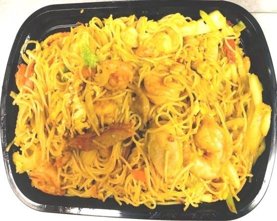 Singapore Chow Mai Fun from Sichuan Taste in Cockeysville, MD