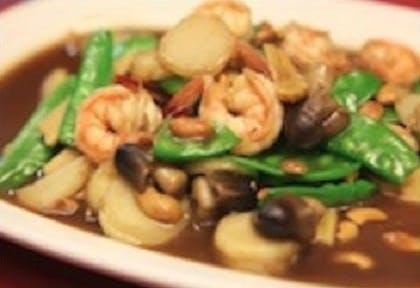 57. Pad Mamuang Himapan (Dinner) from Sa-Bai Thong - University Ave in Madison, WI
