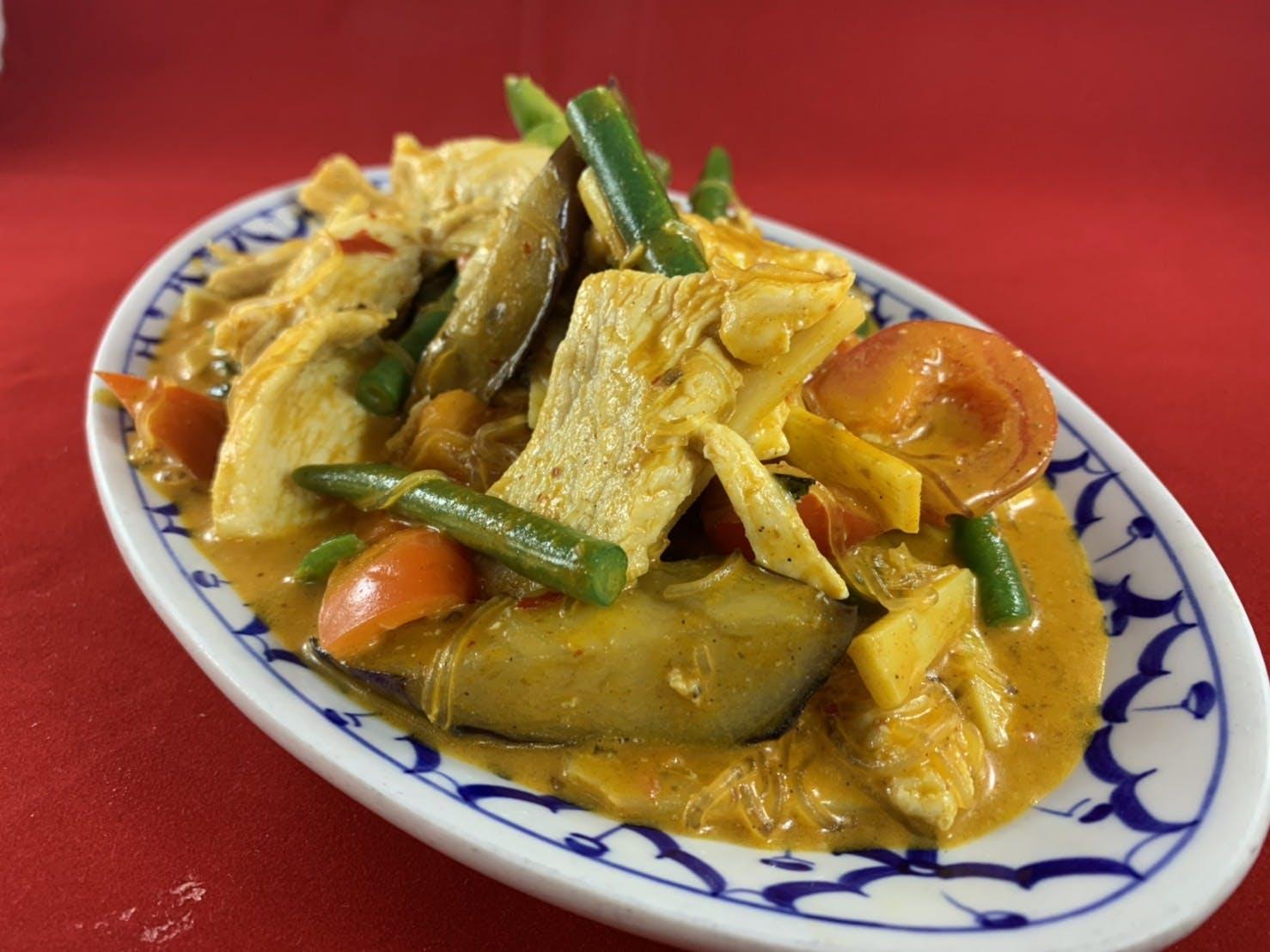 55. Gaeng Hoak (Dinner) from Sa-Bai Thong - University Ave in Madison, WI