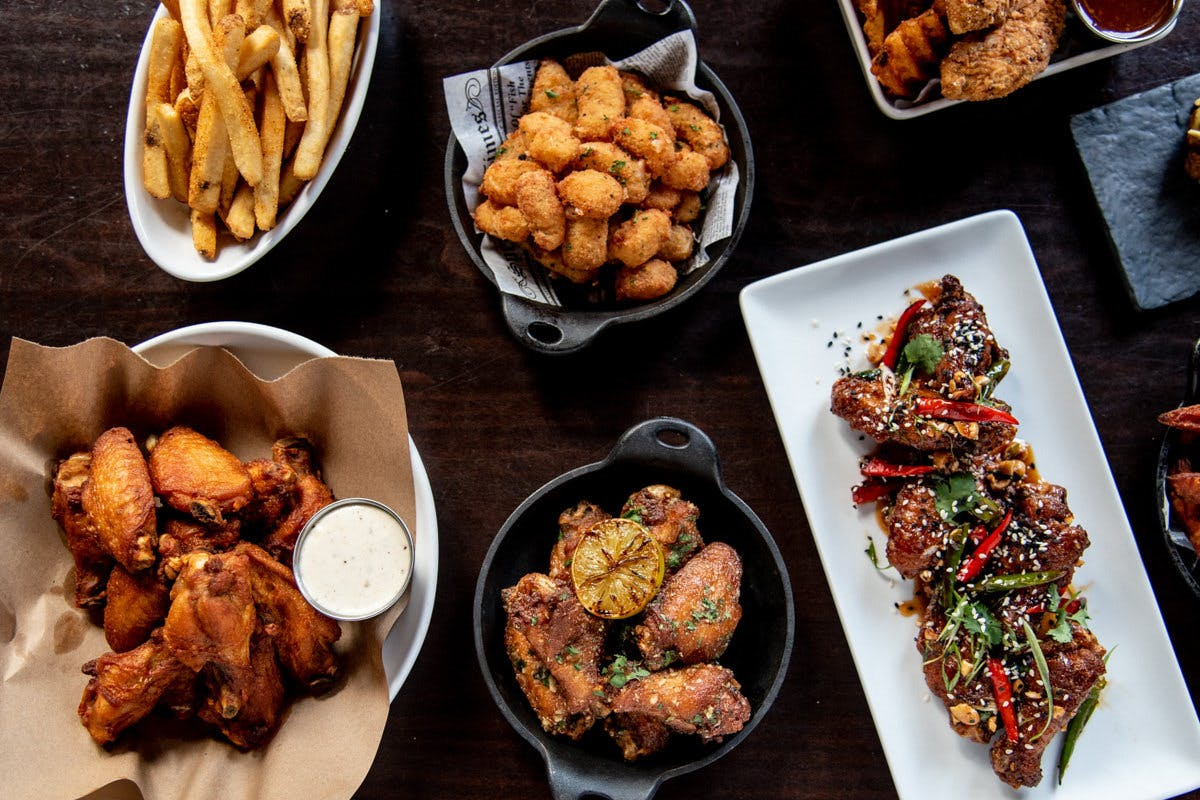Midcoast Wings - Iowa St in Lawrence - Highlight