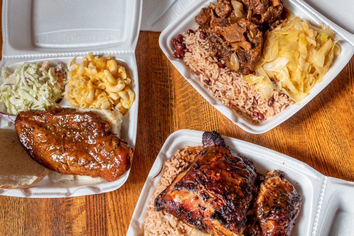 Lil Jamaica Food Truck in Green Bay - Highlight