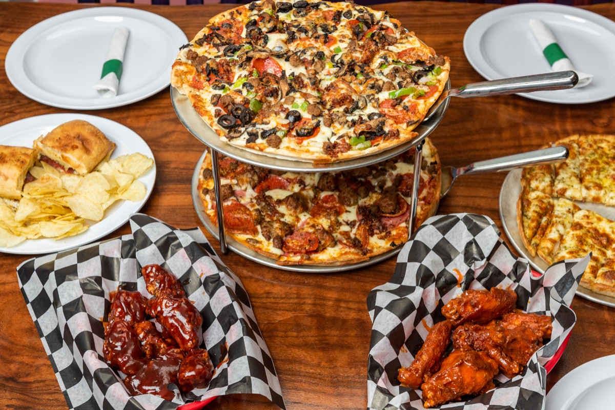 Doughboyz Pizzeria in Topeka - Highlight