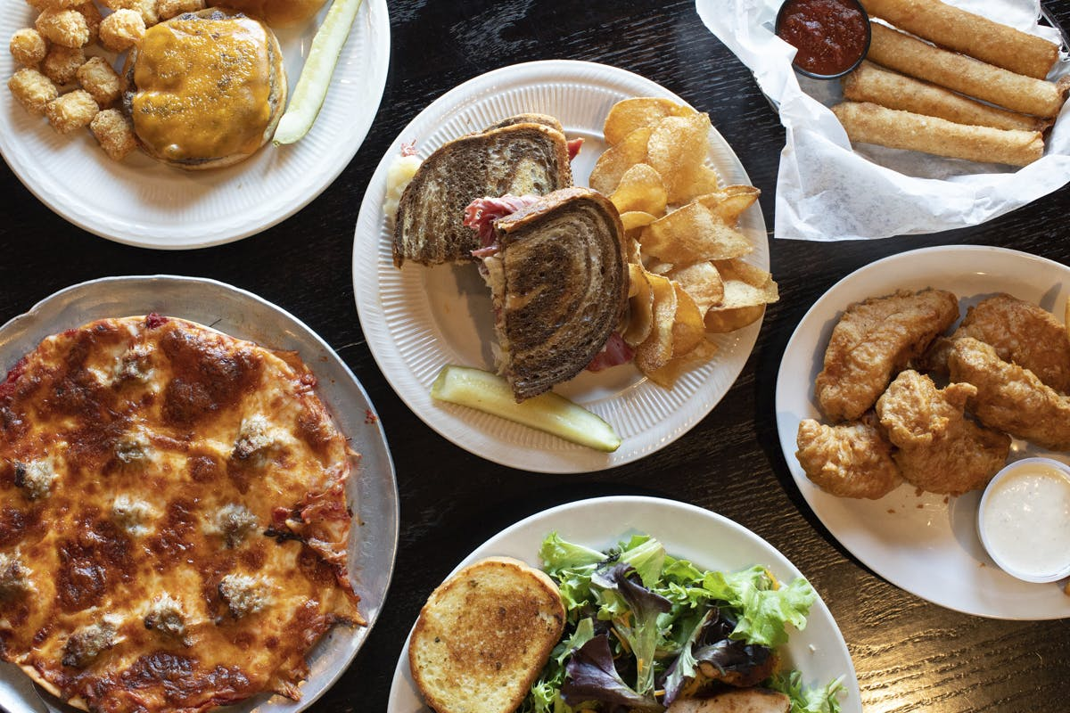 Sidelines Sports Pub & Grill in Janesville - Highlight